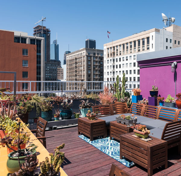 Live/Work Apartments In Downtown Los